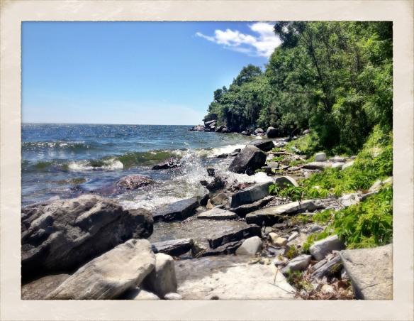 Lake Ontario Park shoreline