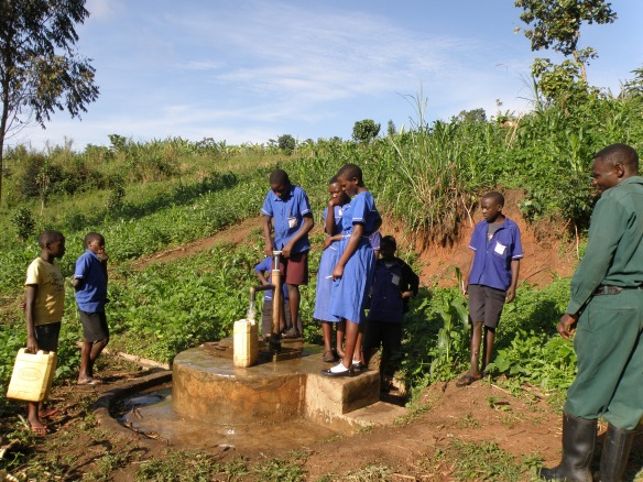 The CanAssist-refurbished wel in Ibura now supplies clean water to Rose' school.
